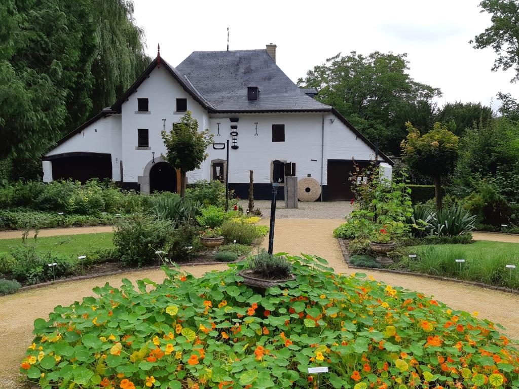 Kruidentuin kasteel Schaloen
